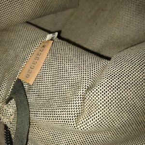 Dooney & Bourke Bags - Dooney and Bourke Donegal Crest sachel.